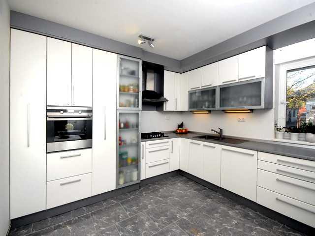 kuhinja bijele boje