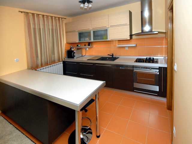 namještaj i kuhinja